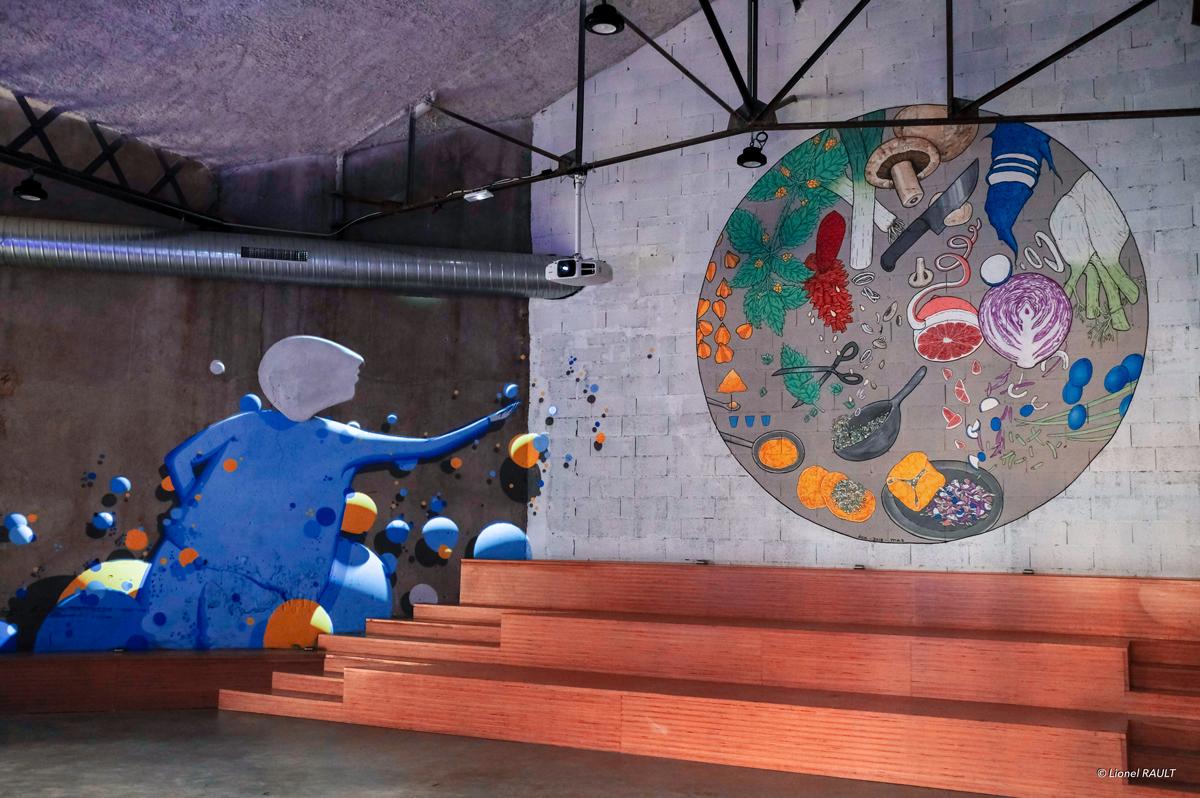 La-Commune_Maison-g_paint-mapping_JADupont_Wenc_DOA_Maz_Taverne-Gutenberg_02